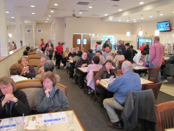 Branford Townhouse Restaurant Filled with Customers